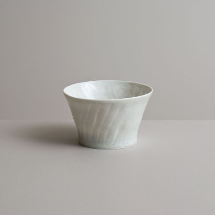 Olen Hsu Translucent fluted Tea Bowl in Ash Glaze Porcelain 7 x 12 cm.
