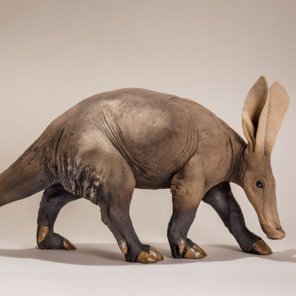 Nick Mackman Aardvark, Low-fired ceramic l.58 cm